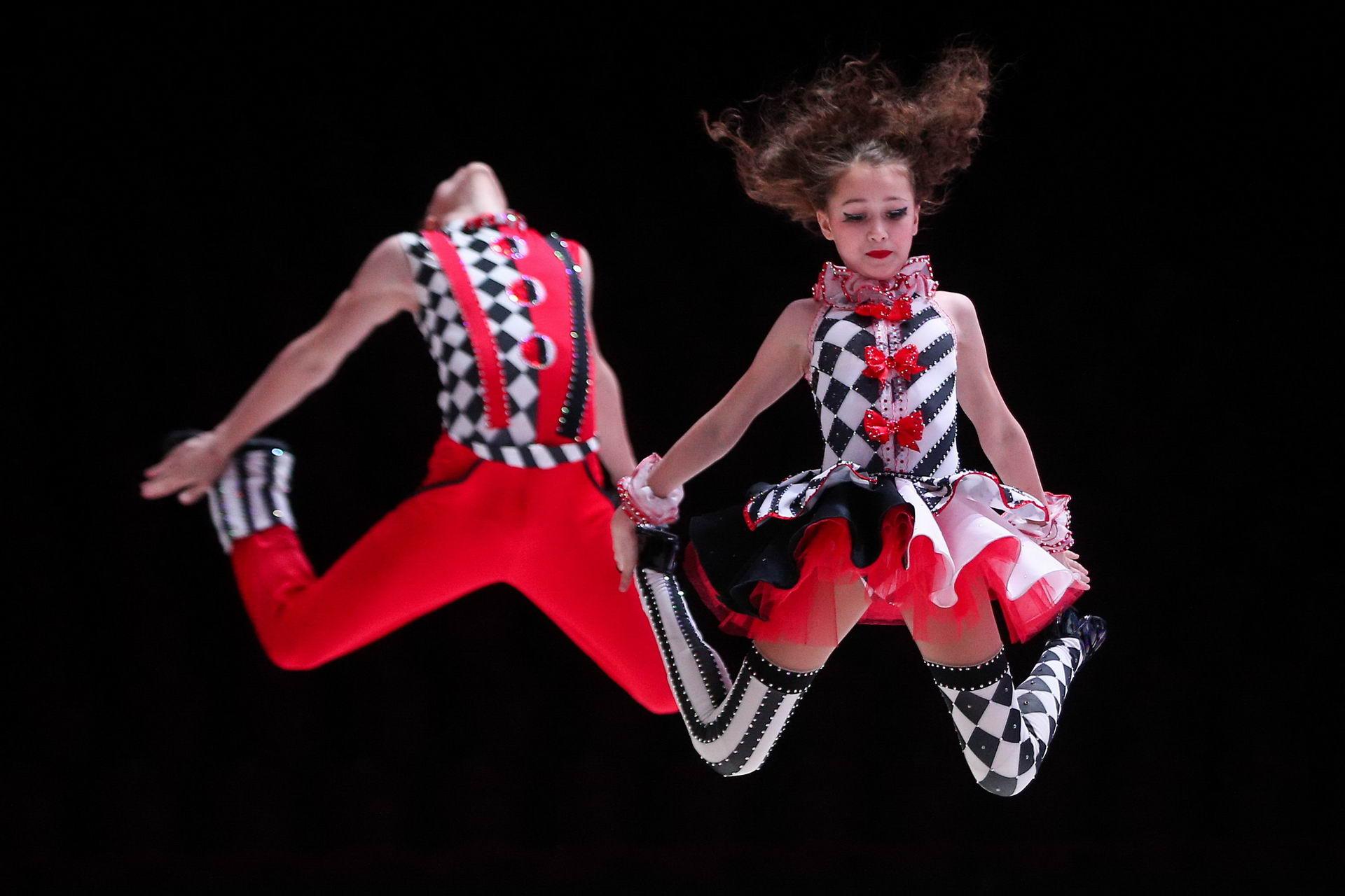 установке потолка фото костюм рокен ролл разработаем